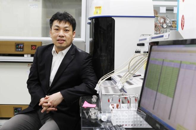 그래핀 기반의 자연효소모방 물질 개발...효소 모방물질 통해 알츠하이머 조기진단 가능할 것으로 '기대'
