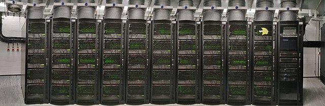 SpiNNaker. 영국 맨체스터 대학교에 있는 슈퍼 컴퓨터의 백만개의 코어프로세서